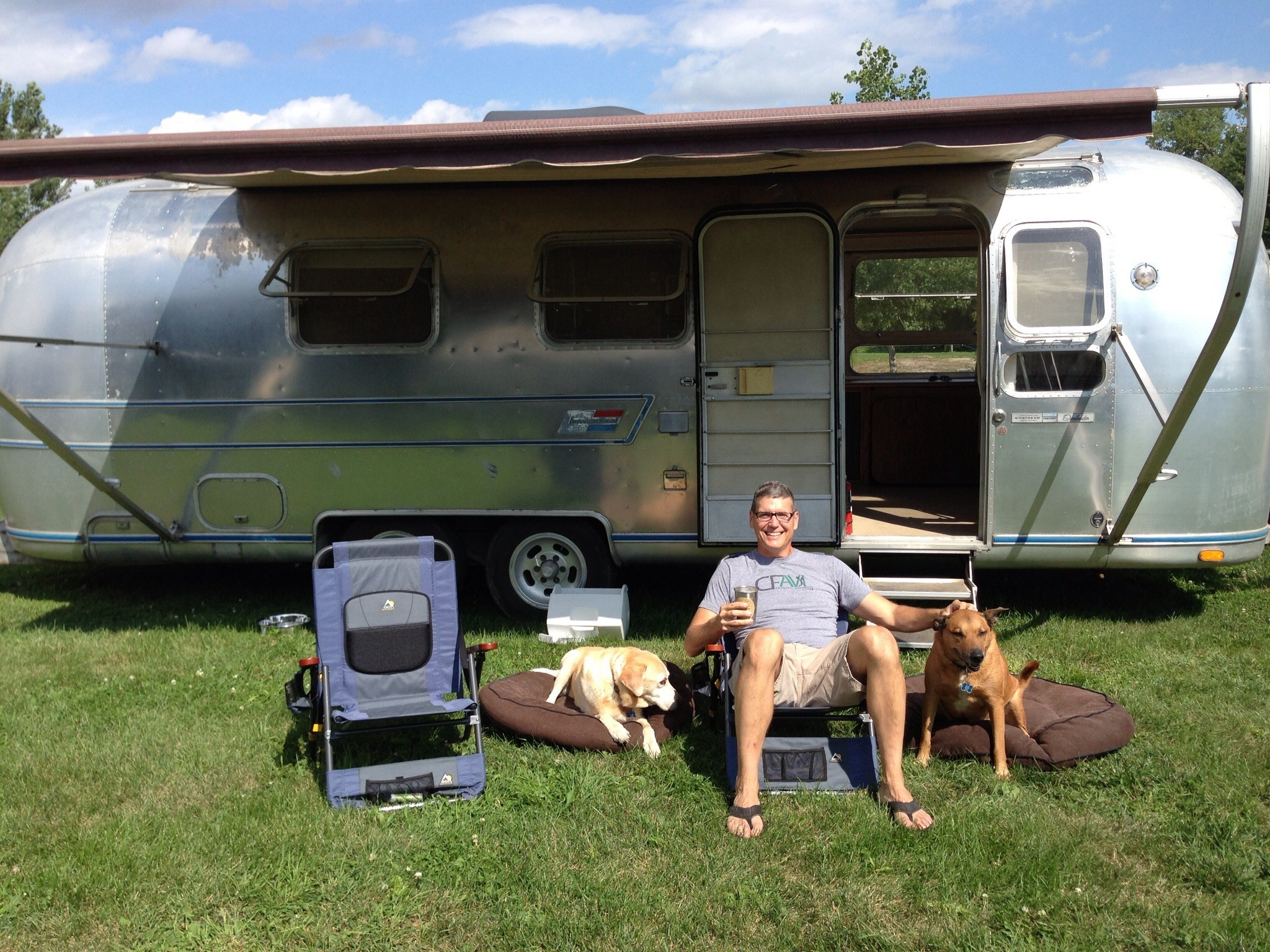 Writer At Large Airstream Old Mac Daddy A Luxury Trailer