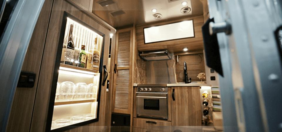 Excellent Airstream Spotlight 2018 Tommy Bahamau00ae 19CB Travel Trailer | Airstream