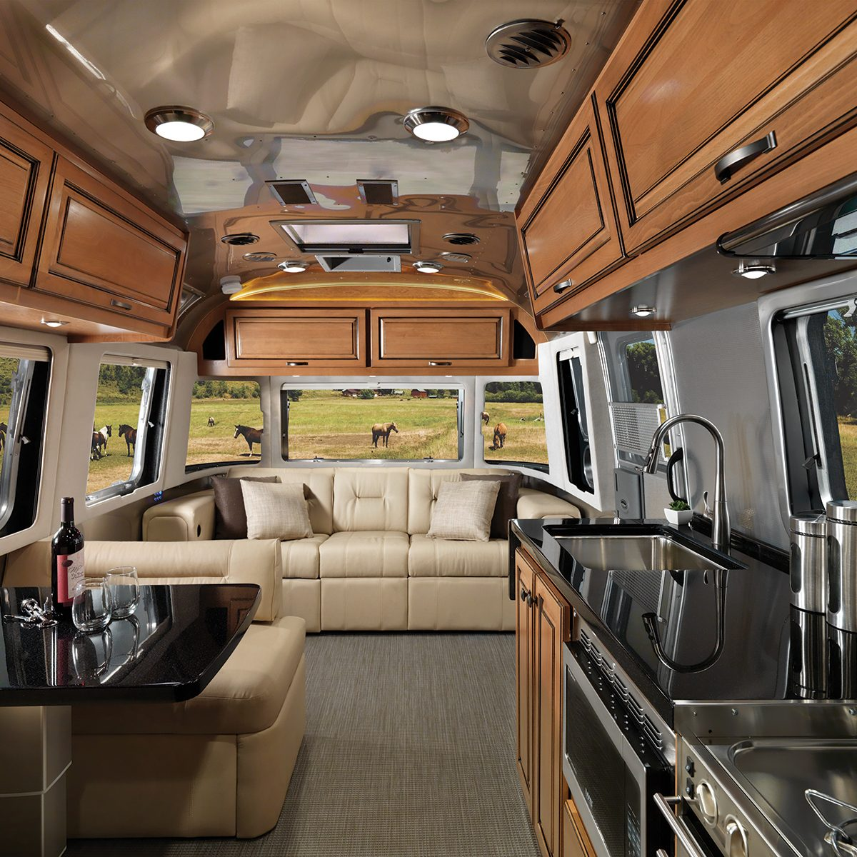 Features Classic Travel Trailers Airstream