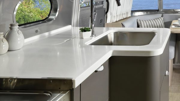 Features Globetrotter Travel Trailers Airstream
