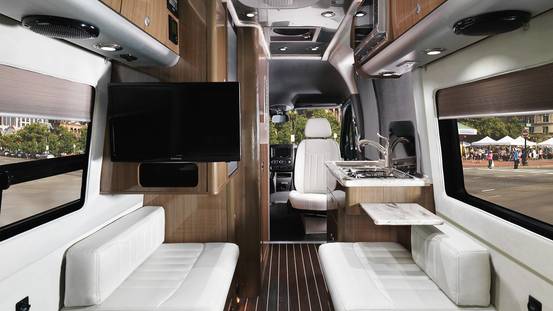 Interstate Nineteen Touring Coaches Airstream