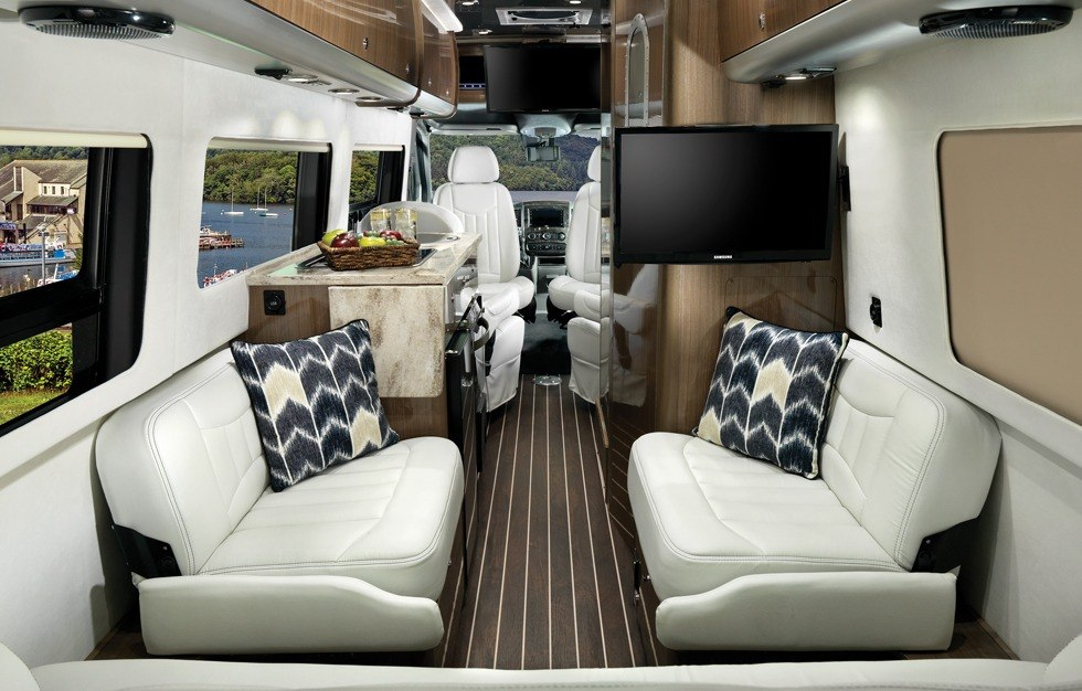 Airstream Travel Trailers >> Gallery   Interstate Grand Tour EXT   Touring Coaches ...