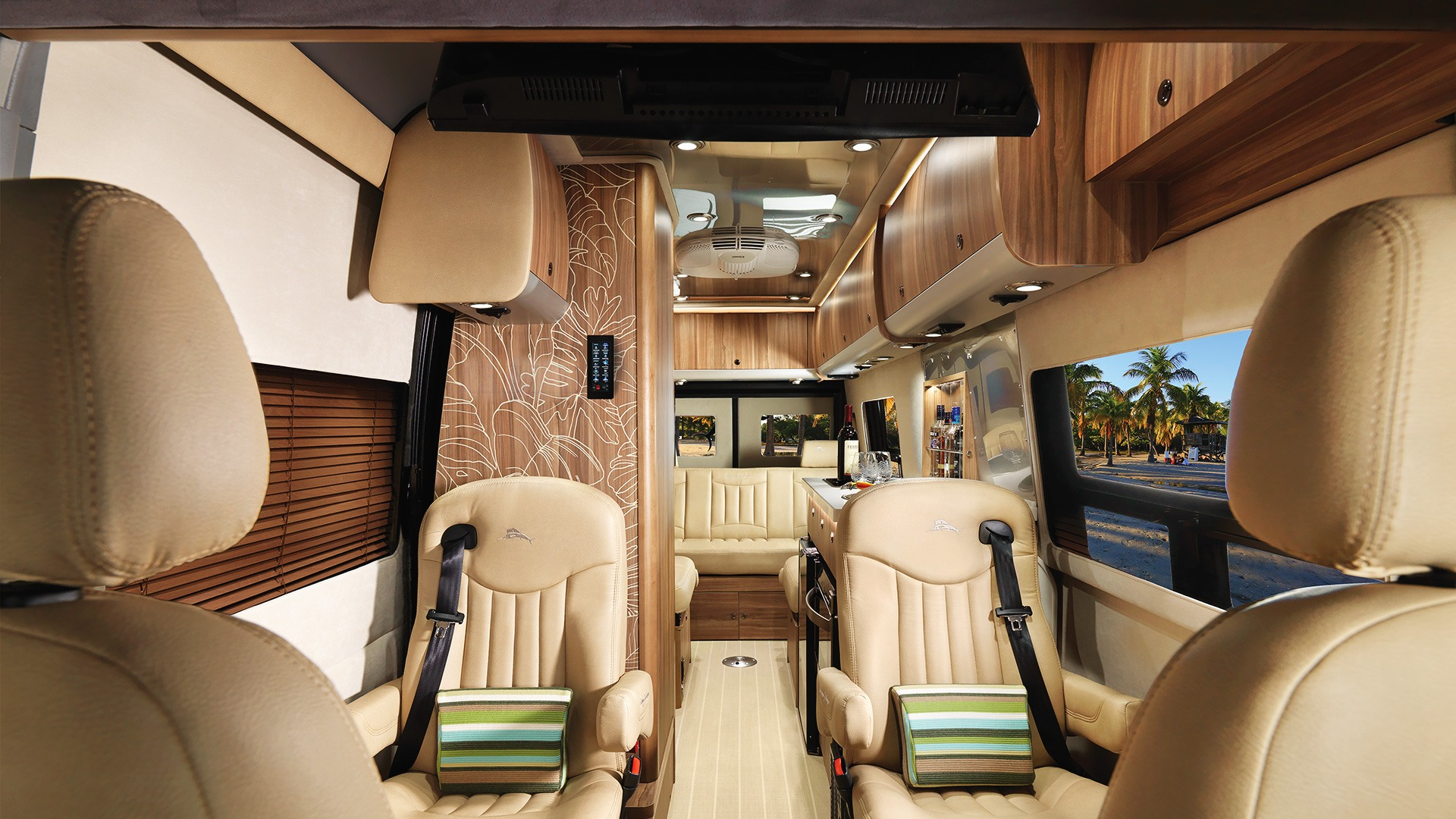 Gallery Tommy Bahama Interstate Touring Coaches