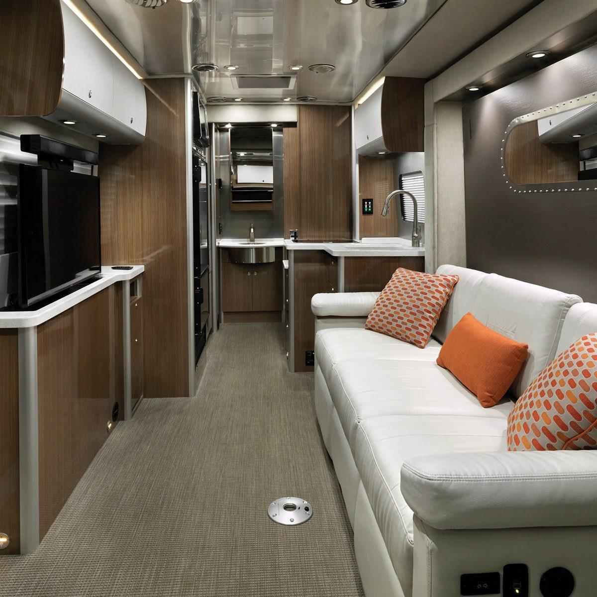 Airstream Atlas Review >> Features Atlas Touring Coaches Airstream