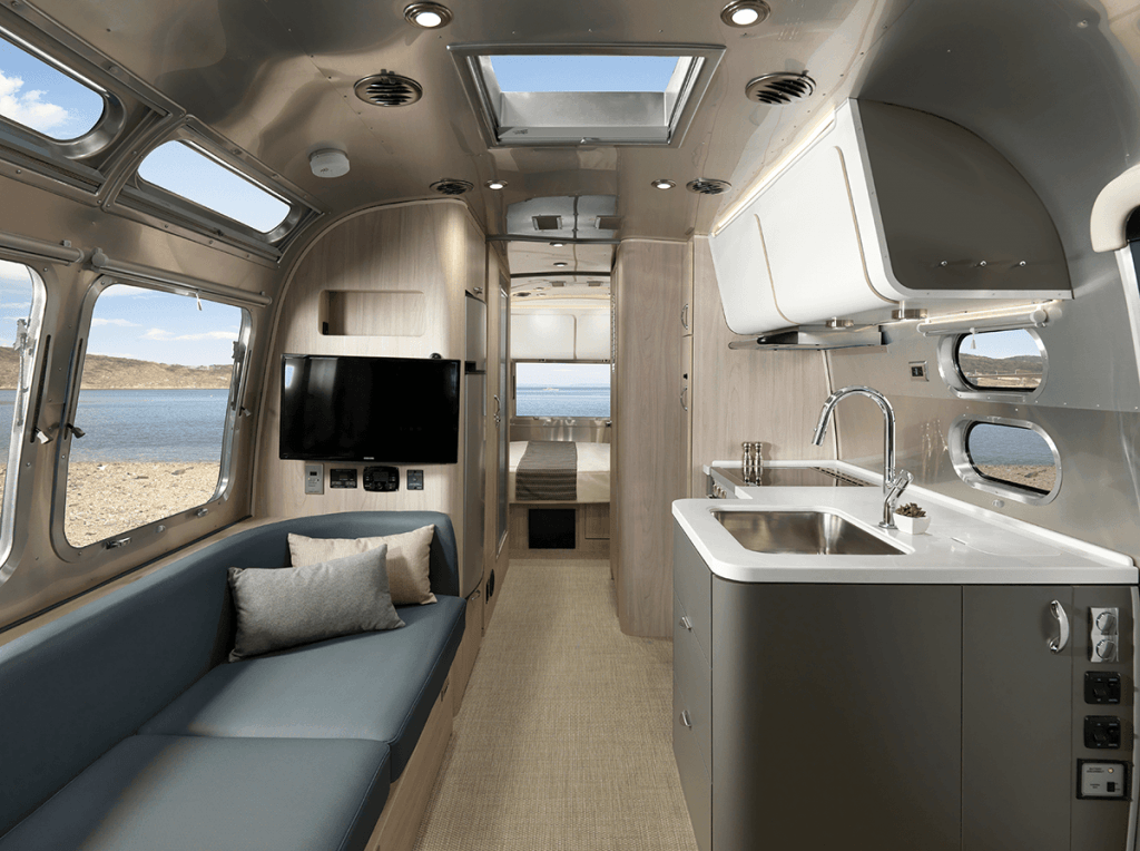 Introducing The All New 25 Foot Airstream Globetrotter