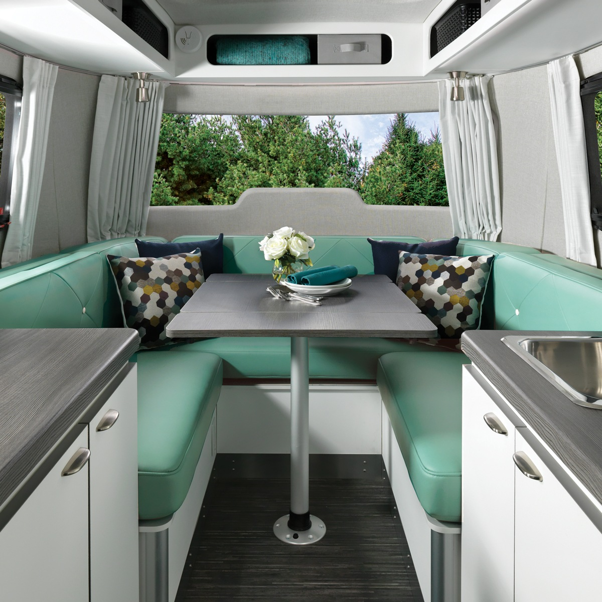 Nest 16u Dinette Floor Plan Travel Trailers Airstream