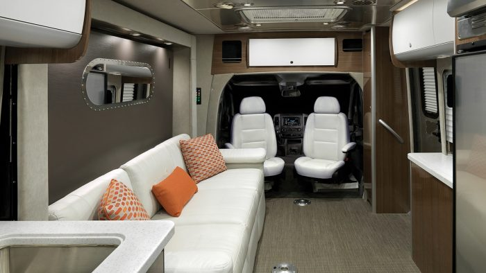Floor Plans | Atlas | Touring Coaches | Airstream