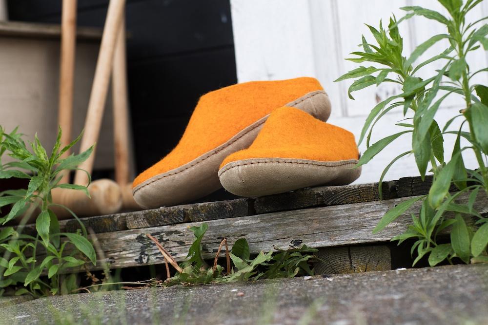 Orange glerups